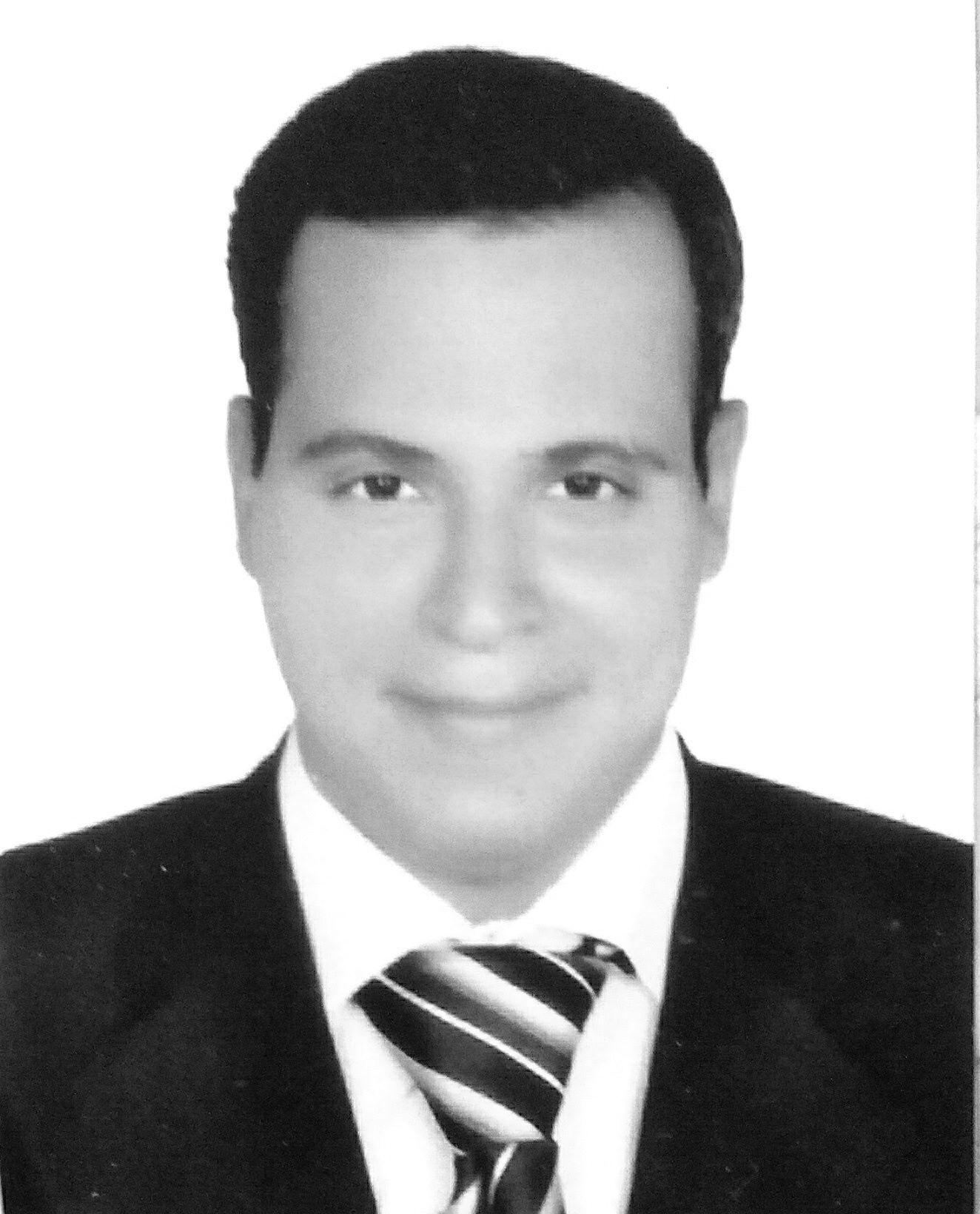 عمرو الشيمى Headshot