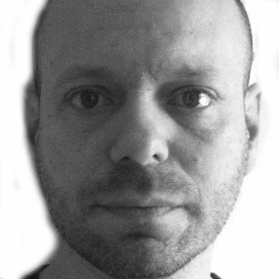 Oren Miller Headshot