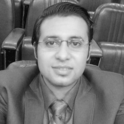 أسامة سعودي Headshot