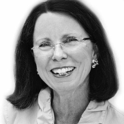 Pamela Barnes Headshot