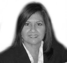 Patricia Guillen Headshot