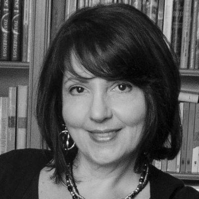 Pauline Hawkins Headshot