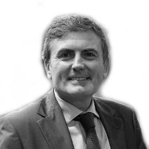 Pedro Saura Headshot