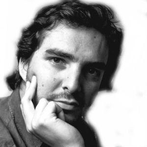 Pepe Gómez Larraz Headshot