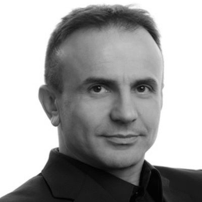 Dr. Pero Mićić Headshot