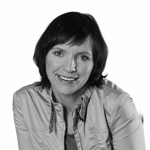 Petra Balzer Headshot