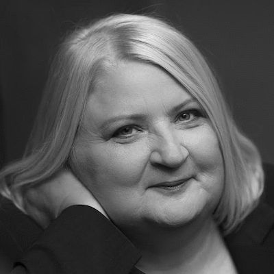 Petra Barsch Headshot
