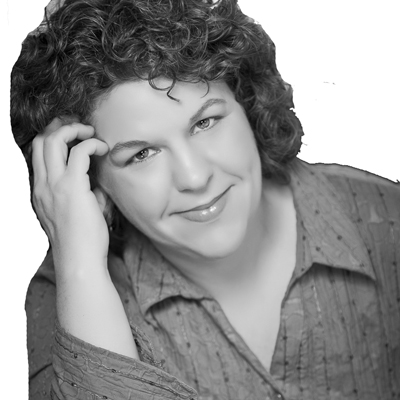 Polly Campbell Headshot