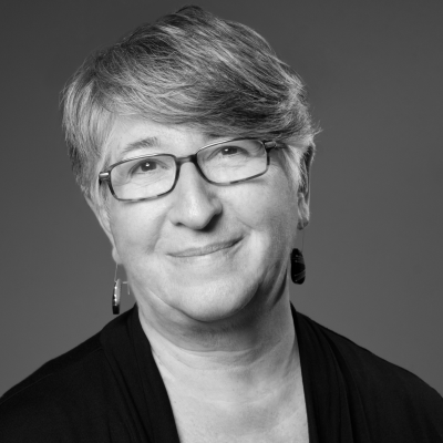 Rabbi Ellen Lippmann Headshot