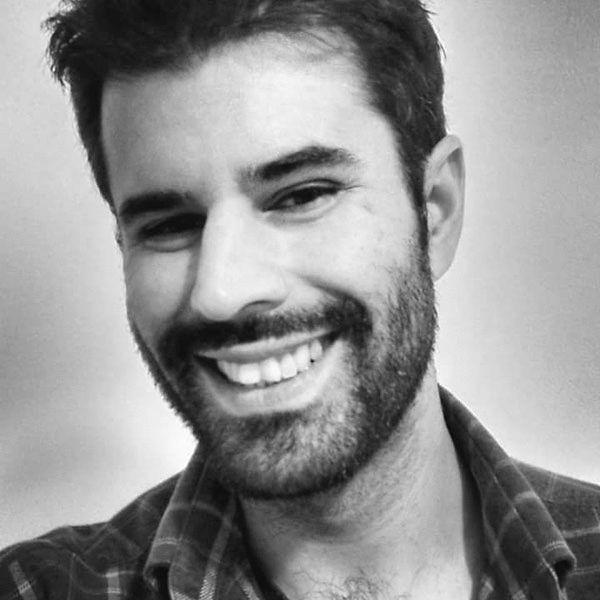 Rafael Alves de Oliveira Headshot