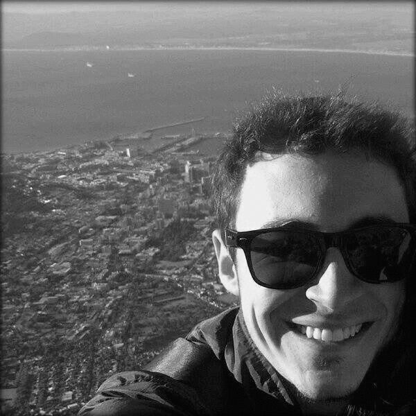Rafael Oliveira Headshot