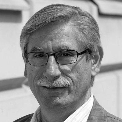 Dr. Ralph Ghadban Headshot