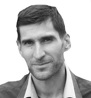 Raphaël Perez Headshot