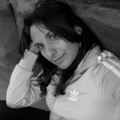 Raquel E Sofer