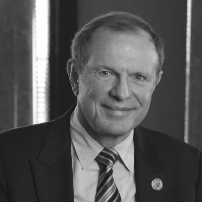 Raymond Lesniak