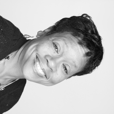Rev. Gwen Thomas Headshot