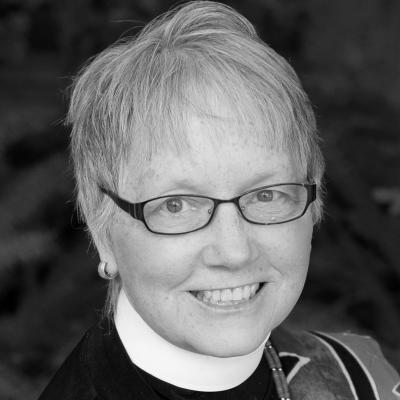 Rev. Susan Russell Headshot