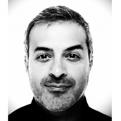 Reza Bavar Headshot