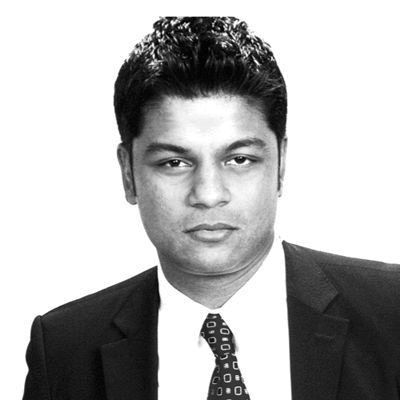 Richie Etwaru Headshot