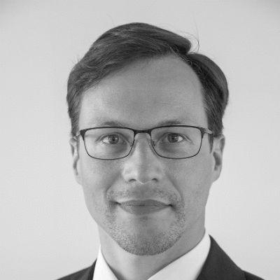 Robert Roggensack Headshot
