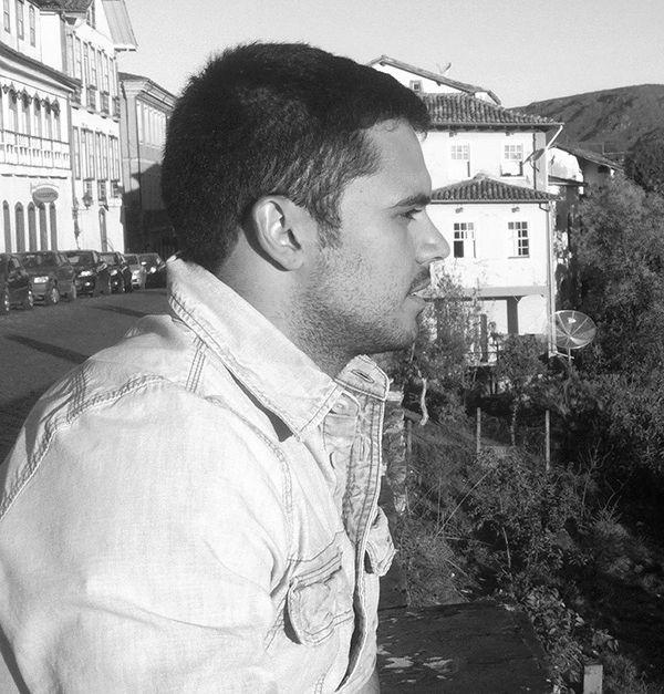 Rodrigo Fampa Headshot