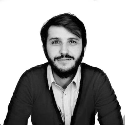 Romain Herreros Headshot