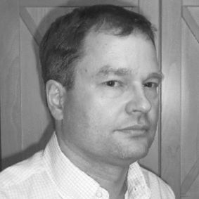 Dr. med. Roman Machens Headshot