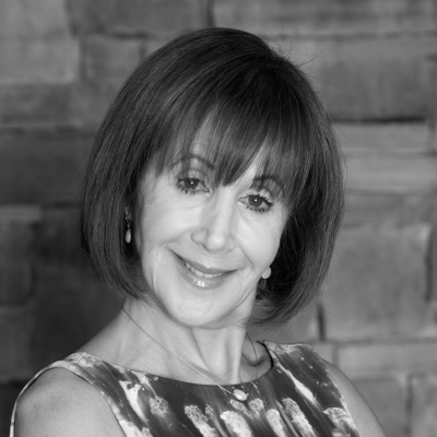 Rose Reisman Headshot