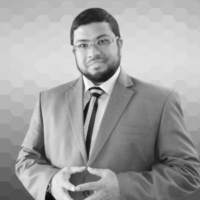 صلاح عبد الشكور Headshot