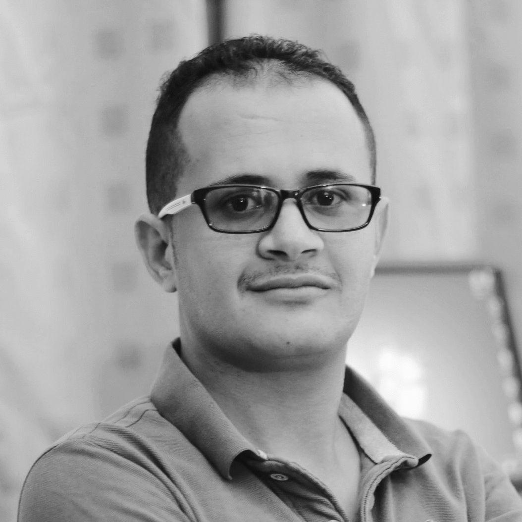 صلاح محمد إسماعيل Headshot