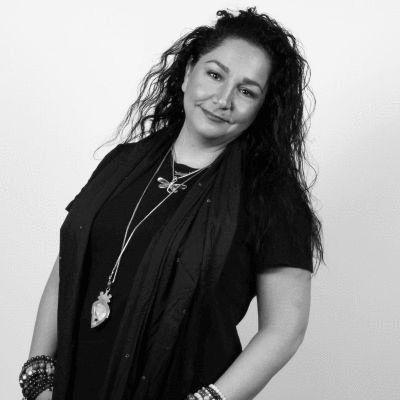 Sandy Kiaizadeh Headshot