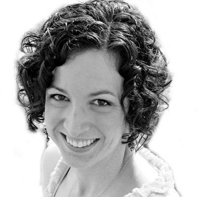 Sarah Kooiman Headshot