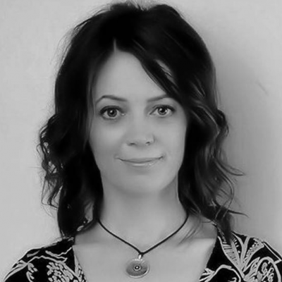 Sarah Rozenthuler Headshot