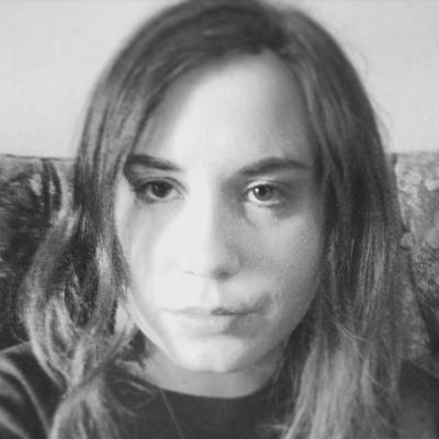 Sarah Sahagian Headshot