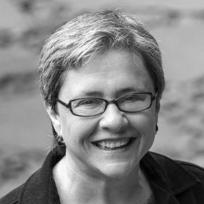 Sarah van Gelder Headshot