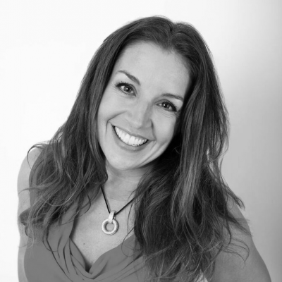 Sarah Willingham Headshot