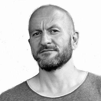 Sebastian Weiss Headshot