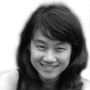 김세정 Headshot