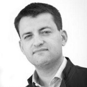 Sergio Vázquez Headshot