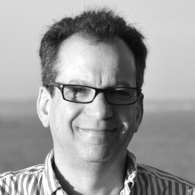 Seth Bauer Headshot