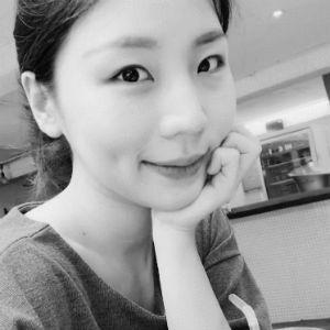 한승혜 Headshot