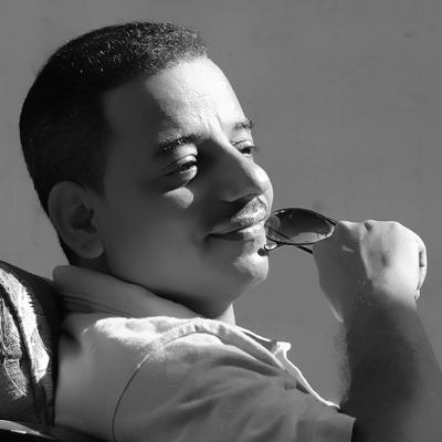 شمسان عبدالله  Headshot