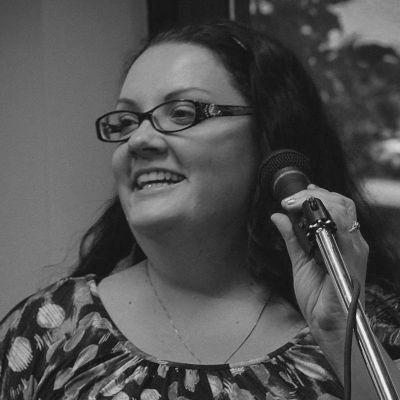 Shannon McClennan Headshot