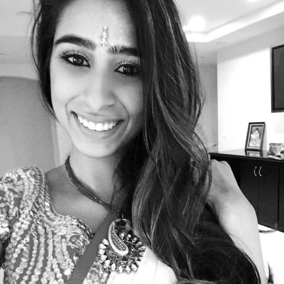 Sheena Amin Headshot