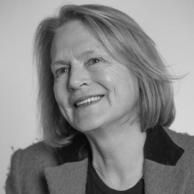 Sheila Lawlor Headshot
