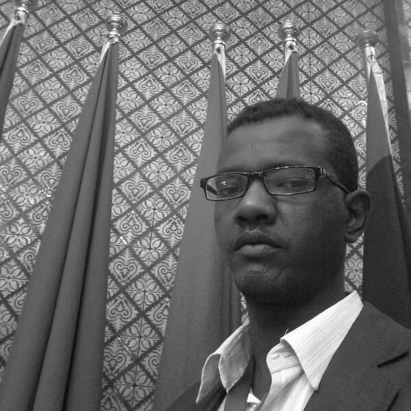 الشريف حسين الهندي Headshot