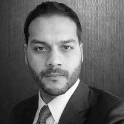 Shuvaloy Majumdar Headshot