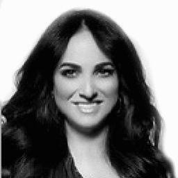 Simi Singh Juneja Headshot