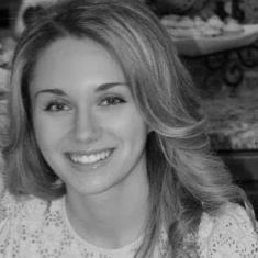Simona Flumian Headshot