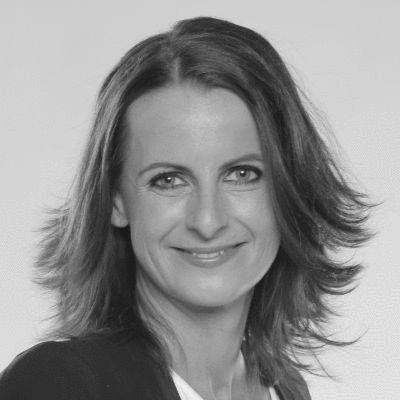 Dr. Simone Weissenbach  Headshot